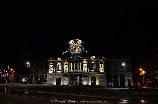 Angers, le Grand Théâtre la nuit