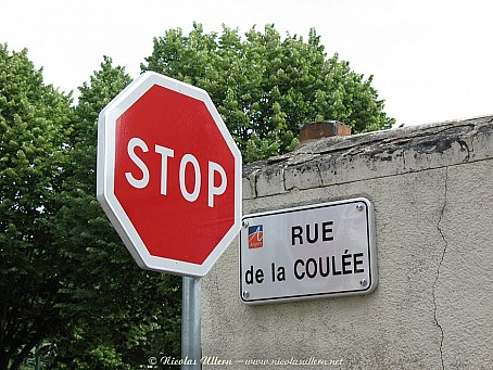 Stop à la Rue de la Coulée